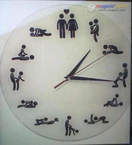 19금 시계.jpg